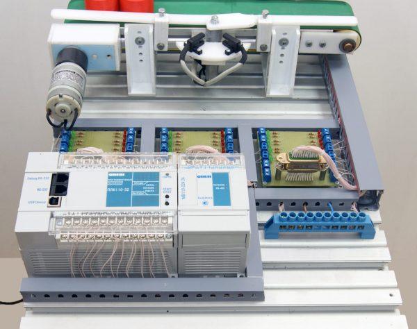 Учебное оборудование «Компактная станция для транспортировки деталей и заготовок»